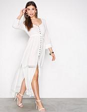 Odd Molly Chalk Be-long Dress