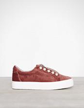 Steve Madden Mauve Lynn Sneaker