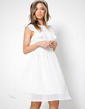 Sisters Point White Nody Dress