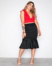 NLY One Svart Scuba Midi Frill Skirt