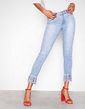 Missguided Blue Mid Rise Frey Hem Skinny Jeans