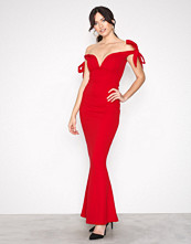 Missguided Red Sweetheart Neck Maxi Dress