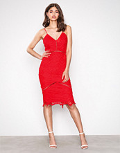 Missguided Red Lace Ladder Detail Midi Dress