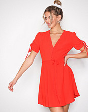 Glamorous Red Strap Short Sleeve Dress