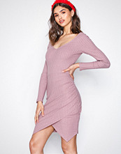 NLY Trend Dark Rose Casual Wrap Dress