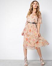 Vila Peach Vimouna S/S Medi Dress