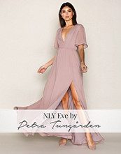 NLY Eve Lilla Wide Sleeve Gown