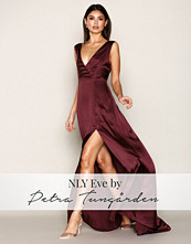 NLY Eve Burgundy Bow Back Satin Gown