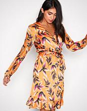 Gestuz Orange Orangina wrap dress