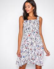 Jacqueline de Yong Hvit Jdyvictory Strap Dress Wvn