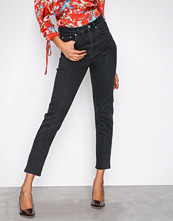 Gina Tricot Black Leah Slim Mom Jeans