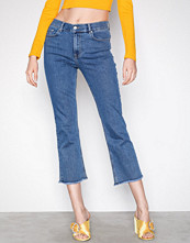 NLY Trend Superstretch Cropped Flare