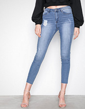 Missguided Blue Sinner Clean Distressed Skinny Jeans