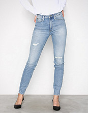 Calvin Klein Heavenly CKJ 010: High Rise Skinny West