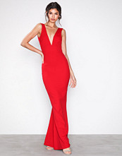 Missguided Red V-Neck Plunge Maxi Dress