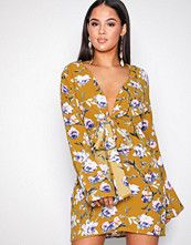 Missguided Yellow Satin Flare Sleeve Dress