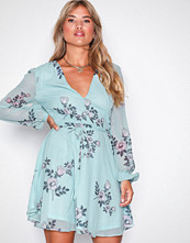 Glamorous Soft Blue Long Sleeve Flounce Dress