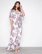 NLY Eve Blomstrete Frill Wrap Gown