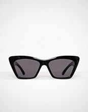New Look Black Chunky Frame Small Cat Eye Sunglasses