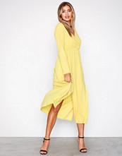 Ax Paris Yellow Long Sleeve Dress