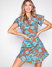 Closet Frill Sleeve & Hem Dress