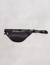 New Look Black Chunky Zip Bum Bag