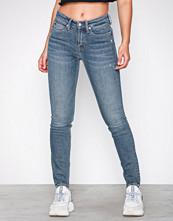Calvin Klein Denim blå CKJ 011: Mid Rise Skinny (West Cut)