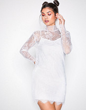 Motel White Yakira Eyelash Lace Dress