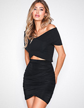 NLY One Svart Wrapped Mini Skirt