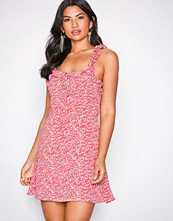 Glamorous Coral Frill Sleeve Mini Dress