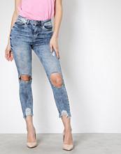 Noisy May Lys blå Nmlexi Hw S.Slim Dest. Jeans VI129