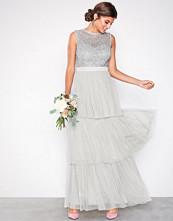 Maya Grey Sleeveless Layered Skirt Maxi Dress
