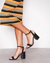 New Look Black Suedette Wooden Block Heels