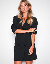 Missguided Crepe Belted Button Blazer Dress