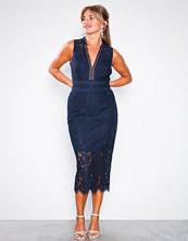 TFNC Tyra Midi Dress