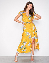 River Island Yellow Jacquard Waisted Midi Dress