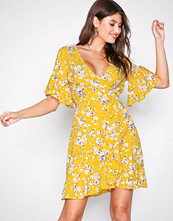 Ax Paris Yellow V-Neck Frill Dress