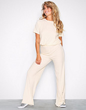 NLY Trend Offwhite Rib Button Pant Set