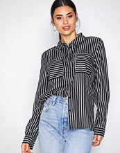 Jacqueline de Yong Jdyelaine L/S Stripe Shirt Wvn Svart
