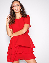 Sisters Point Red Nicoline Dress