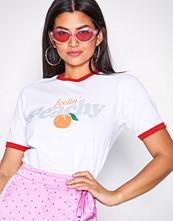Missguided White Feelin' Peachy T-Shirt