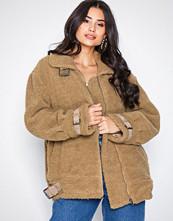 NLY Trend Brun Buckle Teddy Jacket