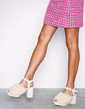 NLY Shoes Offwhite Fuzzy Platform Sandal