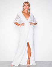 NLY Eve Hvit Forever Lace Wrap Gown