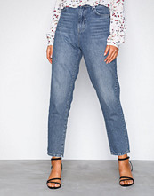 Gina Tricot Mid Blue Iris mom jeans