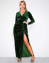 NLY Trend Grønn Heavenly Dress