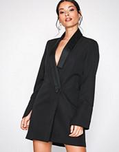 Missguided Black MB x MG Collar Detail Blazer Dress