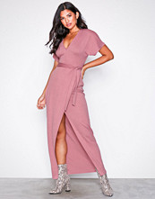 NLY Trend Rosa Maxi Crepe Dress