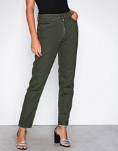 Missguided Khaki Riot Tab Front Mom Jean
