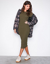 New Look Khaki Ribbed Popper Sleeve Midi Dress